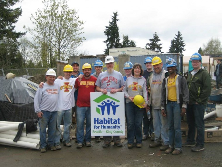The ISUAA Club of Seattle volunteering with Habitat for Humanity during Cy's Days of Service 2013.